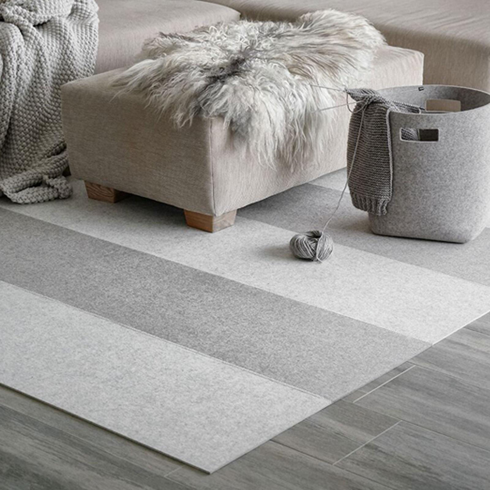 Hey Sign Filz Teppich Stripe 2 In Verschiedenen Grossen Und Farben