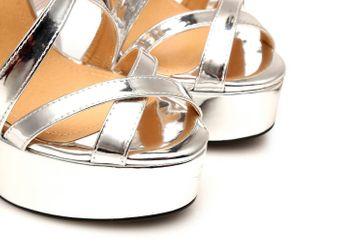 GIARO High Heel Sandalatten in Übergrößen Silber Liquid Silver große Damenschuhe – Bild 8
