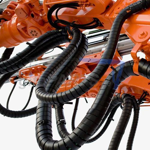 Schlauchschutz Spirale für Hydraulikschlauchshutz an einem Roboterarm