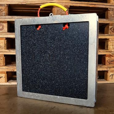 Abstützplatte 400 x 400 mm mit Abstützpattenbox – Bild 1