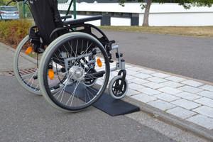 Rollstuhlrampe aus Gummigranulat | 100x25x5cm – Bild 2