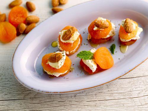 Aprikosen Frischkäse Häppchen