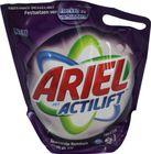 Ariel Color & Style Flüssig Nachfüllpack 18 Wäschen 001