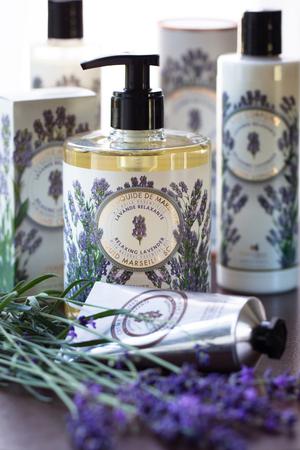 Handcreme Lavendel 30 ml - Panier des Sens – Bild 2