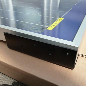 Solar Profi Haltewinkel Dachsicken Montage von Solarmodulen - Schwarz 4 Stück / 12 Schrauben VA