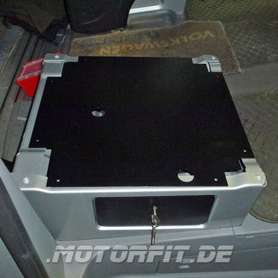 Abdeckblech Sitzkonsole für Mercedes-Benz Sprinter ab BJ. 2006