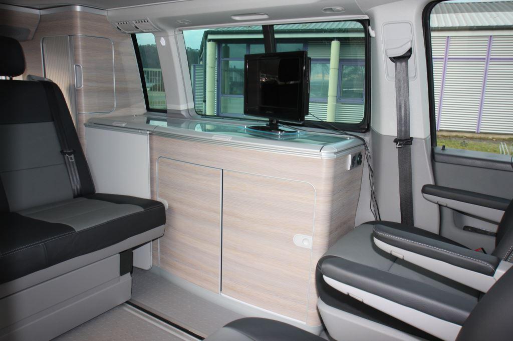 vw t5 california voll lederausstattung vw california ledersitze leder sitze vw vw t5. Black Bedroom Furniture Sets. Home Design Ideas