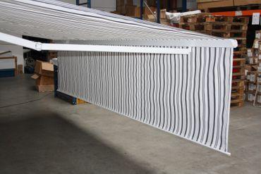 400 x 300 Hülsenmarkise PLUS Markise grau mit Funkmotor – Bild 9
