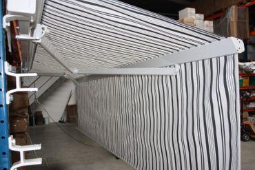 500 x 300 Hülsenmarkise PLUS Markise grau mit Funkmotor – Bild 10