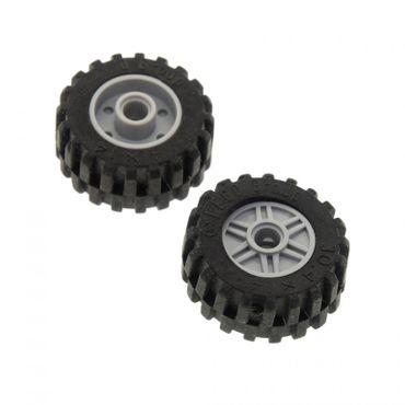 2 x Lego System Rad schwarz neu-hell grau 18mm D. x 14mm 30.4 x 14 mit Pin Loch Felge Räder Reifen 30391 55981 3039126 4299119 55981c02