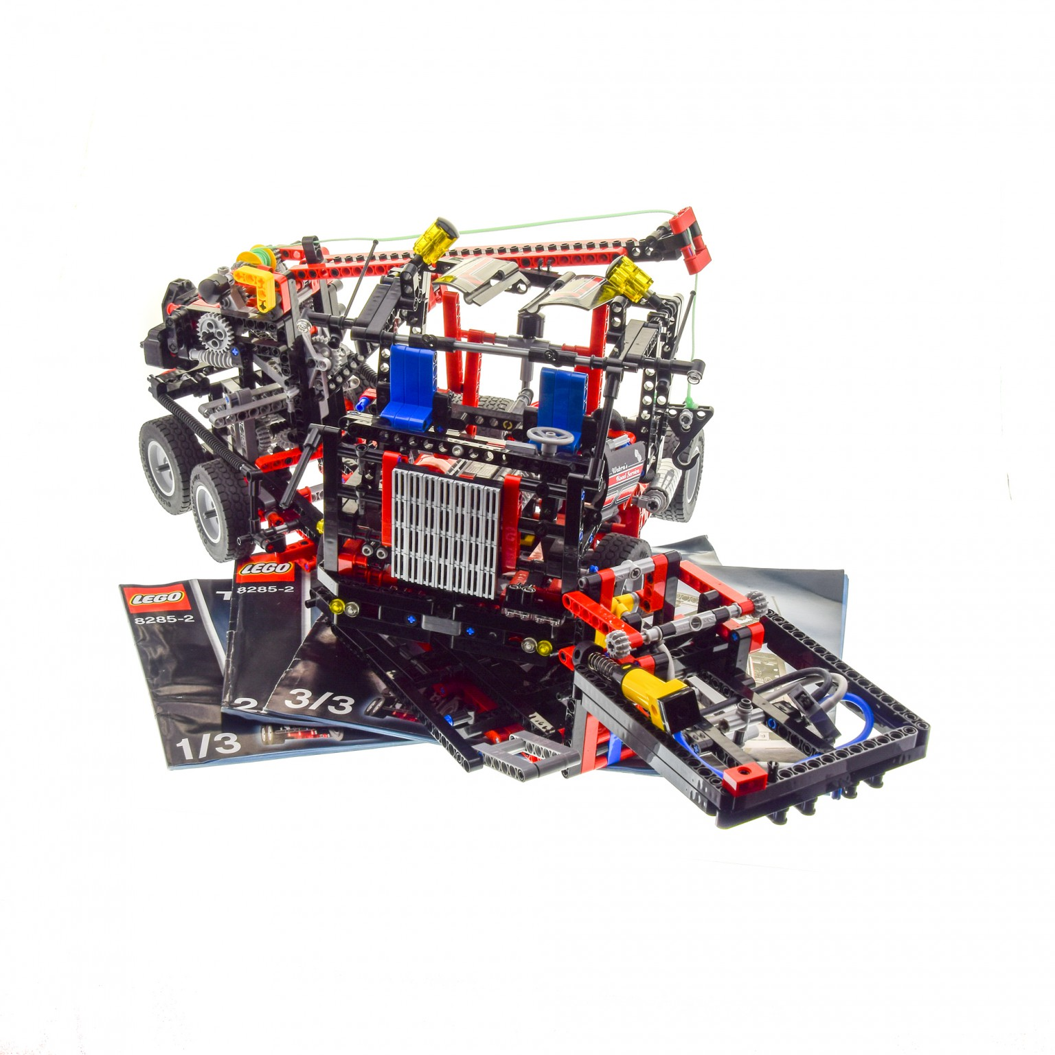 1 x lego technic set modell traffic 8285 tow truck abschlepp wagen lkw mit auflieger schwarz rot. Black Bedroom Furniture Sets. Home Design Ideas