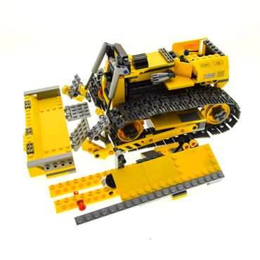 1 x Lego brick  Technic Model Town City Construction 7685 Dozer ( model incomplete )