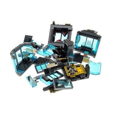 1 x Lego System Set Modell für Super Heroes Avengers 76038 Attack on Avengers Tower Turm der Avengers 1 Figur blau weiss incomplete unvollständig