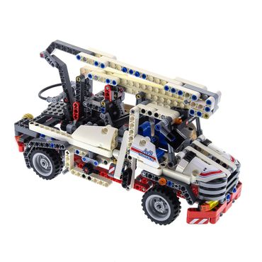 1 x Lego brick 8071 Bucket Truck ( model incomplete )