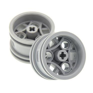2 x Lego Technic Felge neu-hell grau 30.4mm D. x 20mm mit 3 Pin Halter Rad Set 8415 4893 8646 4211809 44292