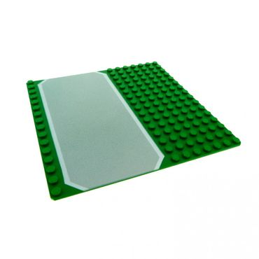 1 x Lego brick Green Baseplate, Road 16 x 16 with Driveway Gray and White Border Pattern 51595 30225px1