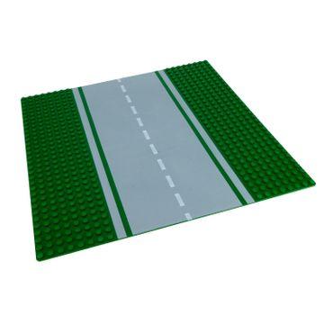 1 x Lego System Platte Straßen Bauplatte grün 8N Strasse gerade 32 x 32 Noppen 32x32 mit Grünstreifen und Markierung 30279 610p01