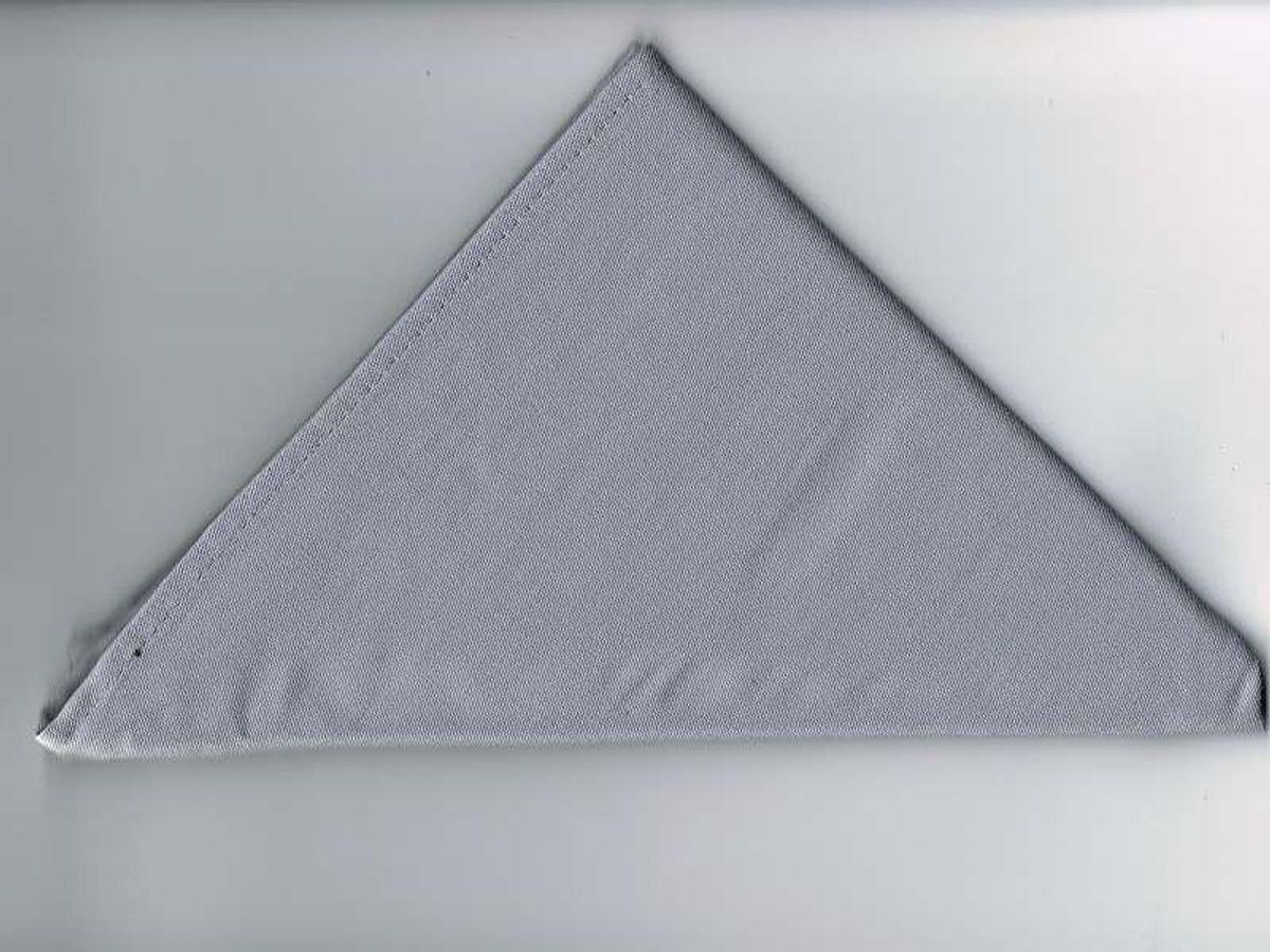 Halstuch / Dreiecktuch einfarbig grau, gesäumt