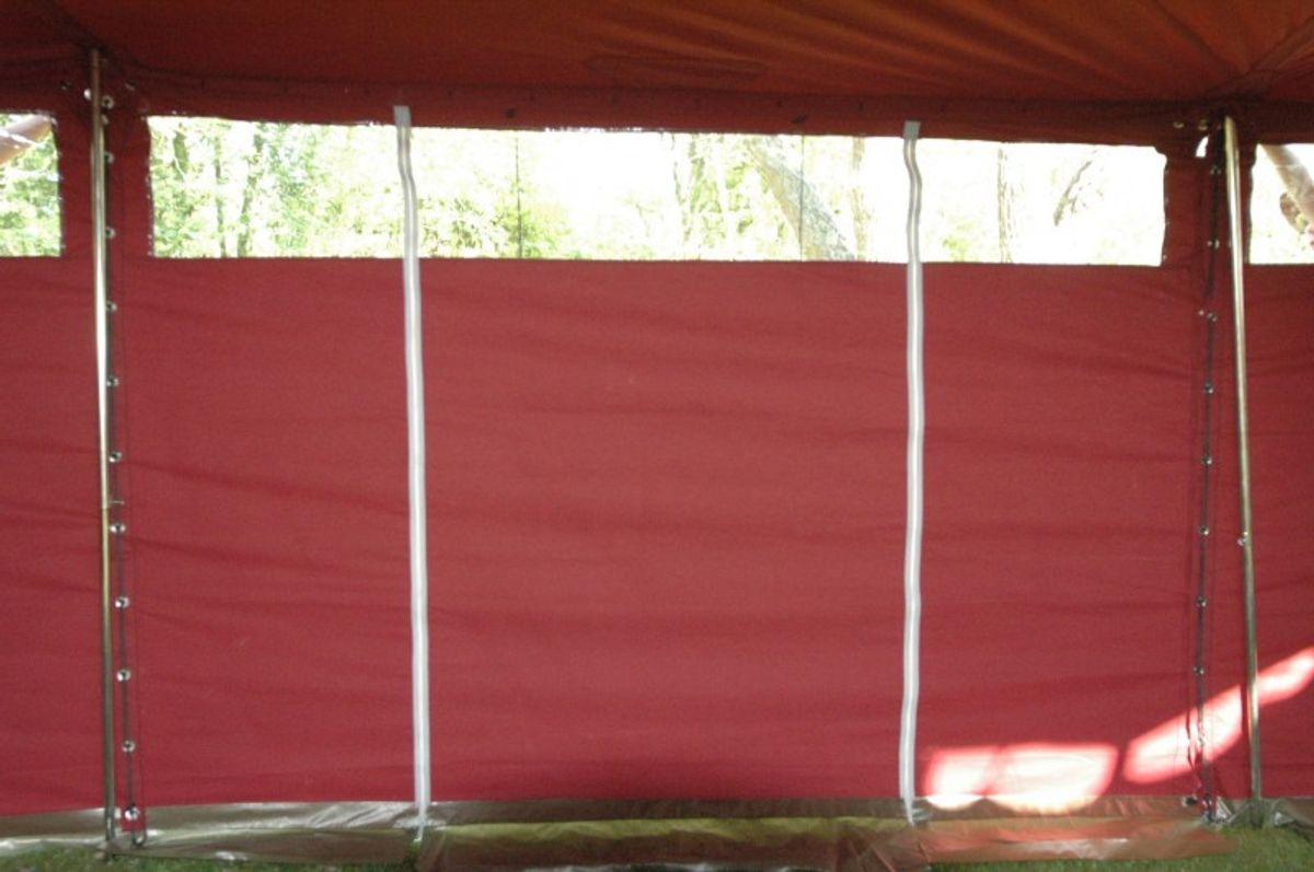 Jurten-Seitenwand mit Fenster und Reißverschluß-Eingang, rot – Bild 1