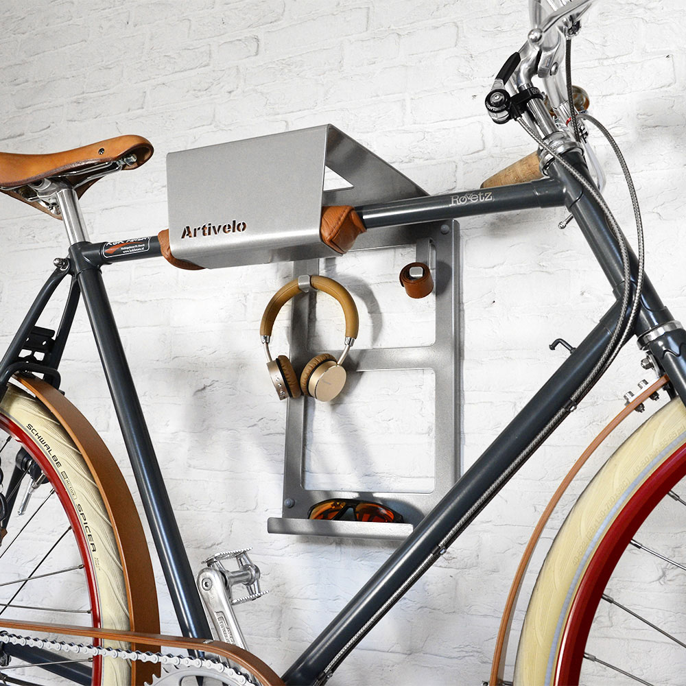 urban zweirad artivelo fahrrad wandhalterung bikedock urban mit extra ablagefl chen shop. Black Bedroom Furniture Sets. Home Design Ideas