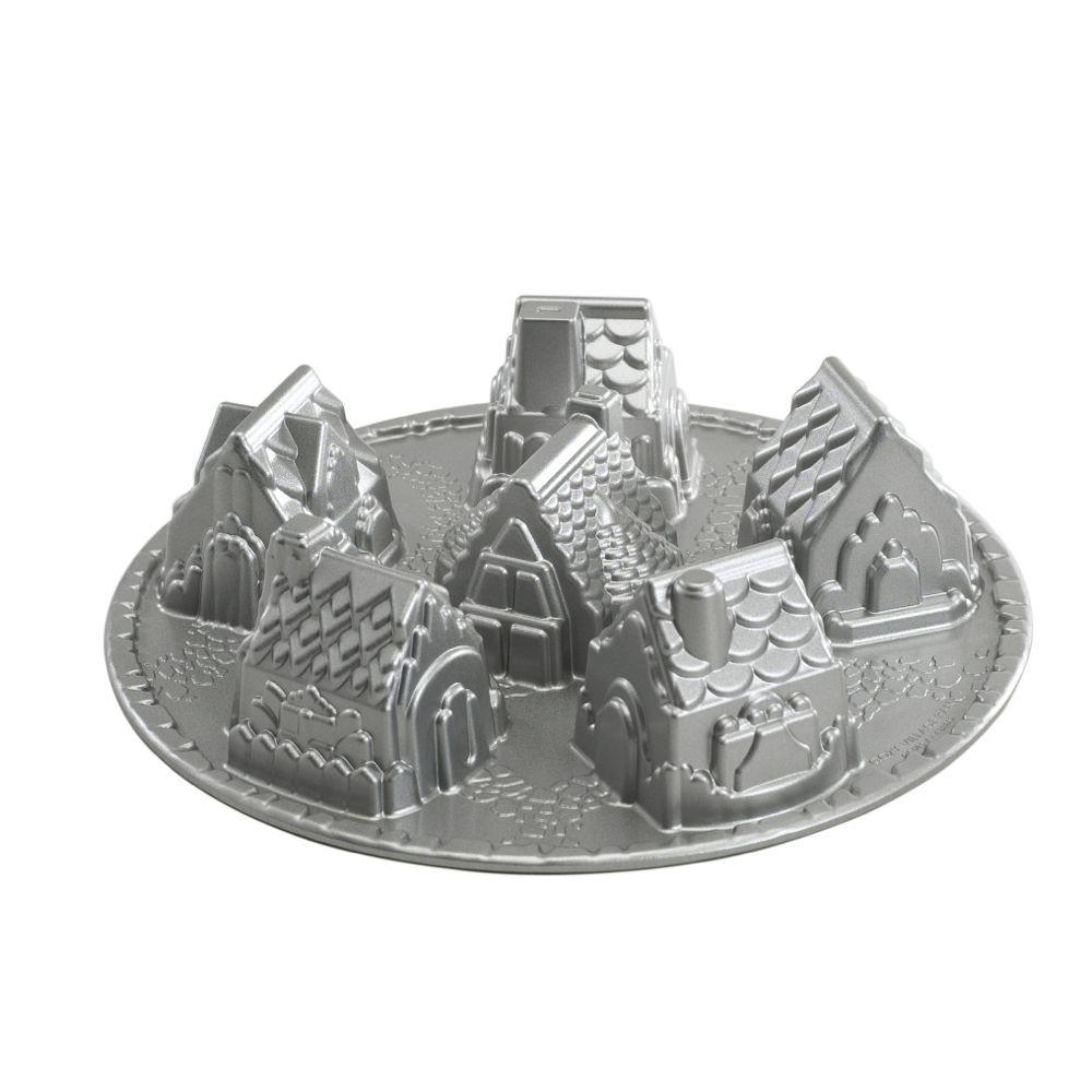 "Nordic Ware 3D-Backform "" Dorf "" mit detailgetreuen Abbildungen"