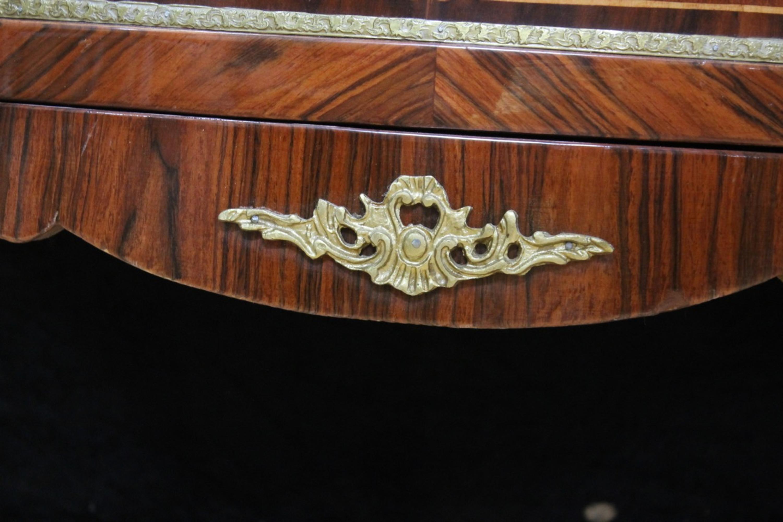 Credenza Antica Con Marmo : Credenza barocco stile antico petto di marmo