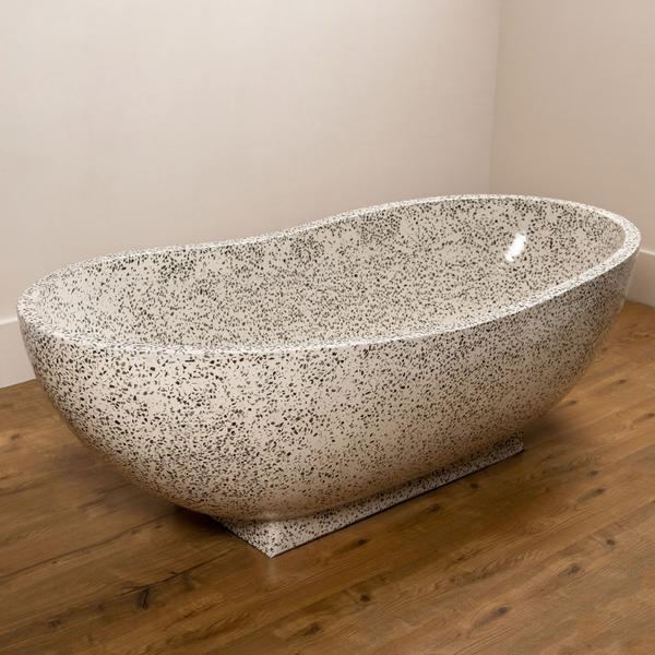 Badewanne aus Terrazzo 180x85 cm creme schwarz