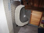 WOHNFREUDEN Naturstein Urinal massiv 45x20x35 cm Pissoir Flussstein Becken