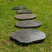 WOHNFREUDEN 2er Set Naturstein Trittsteine ca 35-40 cm  Flussstein Trittplatten 1