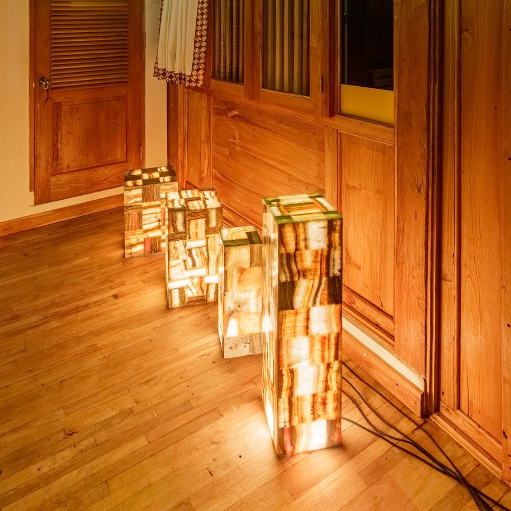 WOHNFREUDEN Naturstein Onyx Stehlampe 15x15x50cm Standleuchte Bodenlampe Leuchte