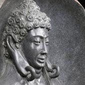 WOHNFREUDEN Buddha Figur Flussstein XL Skulptur Natur Statue Innen Aussen Garten