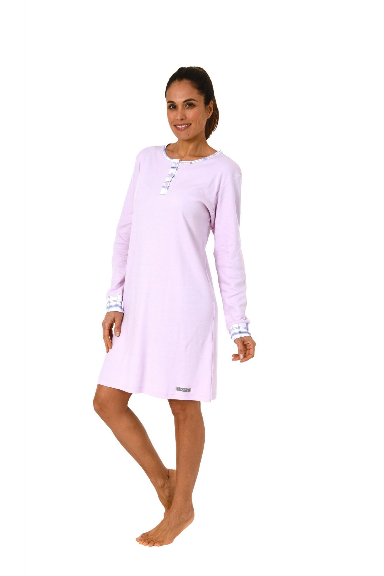 new product 9f1b9 178f2 Edles Damen Nachthemd mit farblich abgesetzten Bündchen – auch in  Übergrösse bis 60/62