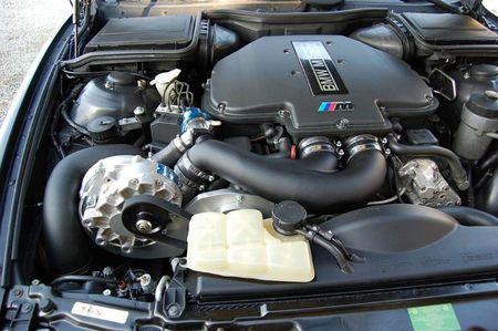 BMW E39 M5 - S62 - VT1-560 Kompressor System – Bild 2