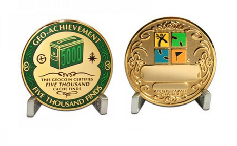 5000 Finds Geo Achievement Award Geocoin