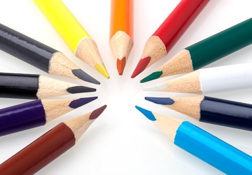 Dreikant Buntstifte, je 12 Stück pro Farbe
