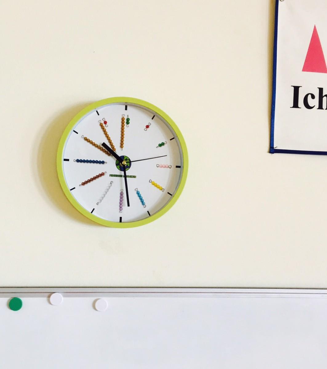 Montessori-Uhr im Einsatz