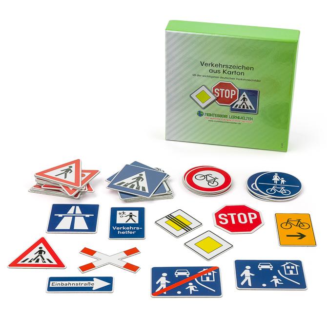 Verkehrszeichen aus Karton