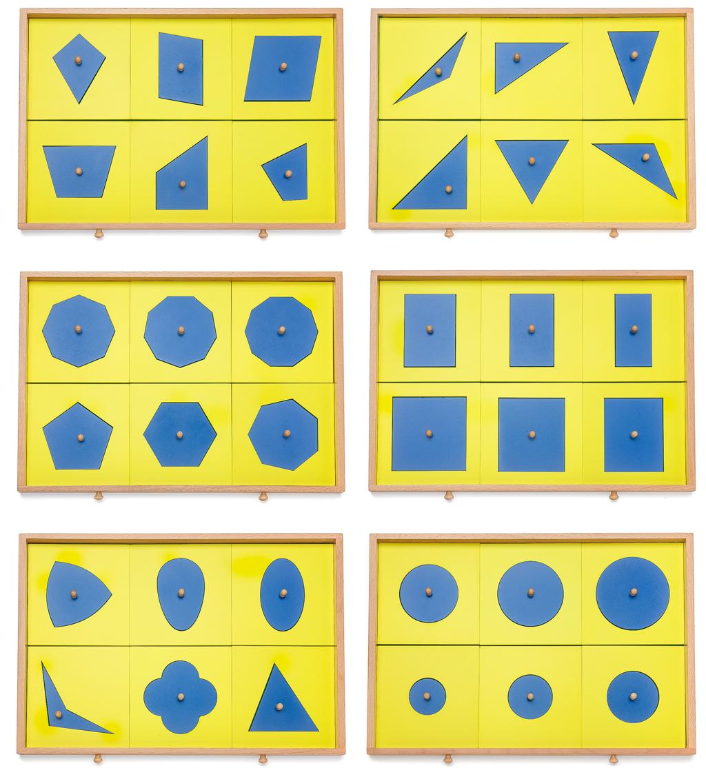 Enthaltende Formen und Schubladen der Geometrischen Kommode
