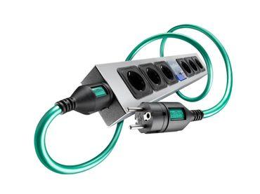 IsoTek EVO3 Polaris Netzfilterleiste & Initium Netzkabel Bundle