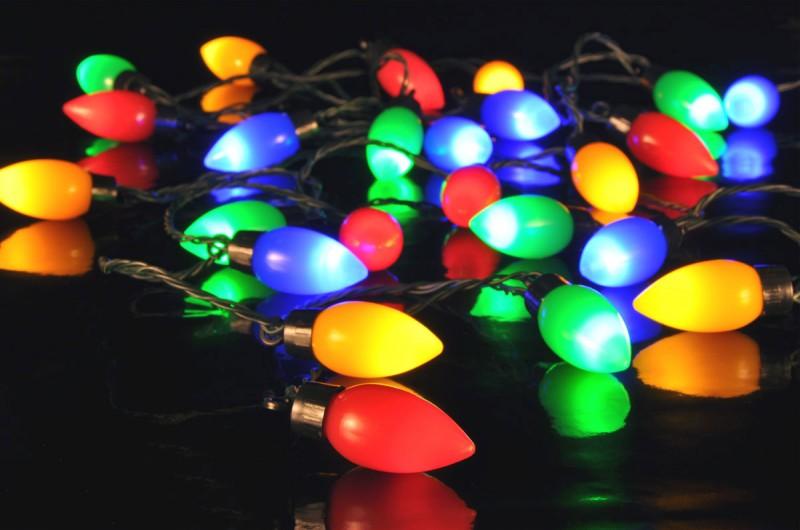 LED Party LICHTERKETTE Glühbirnen Tropfenform bunt mit 25 Lampen