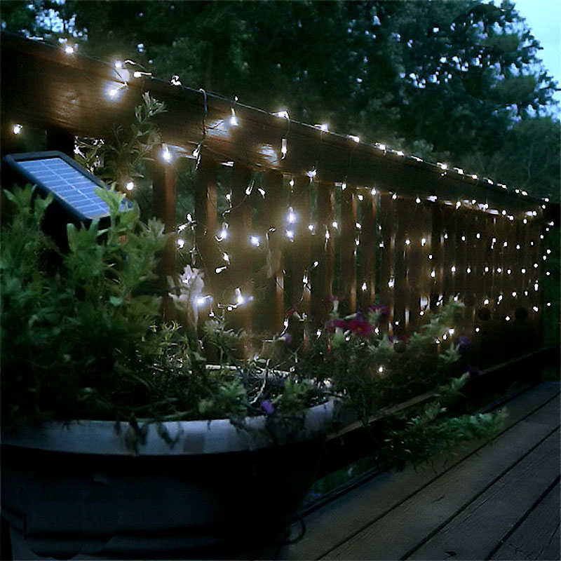 lichtervorhang led solar lichterkette mit 110 weissen leds lichtergirlande bau garten garten. Black Bedroom Furniture Sets. Home Design Ideas