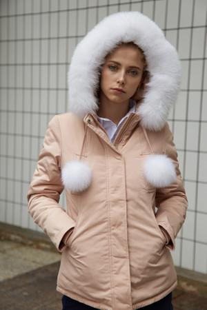 Damen lange Echtfell Winterjacke Rosa mit Bommeln Winter Parka Jacke mit Pelz Echtpelz Outdoor Rosa