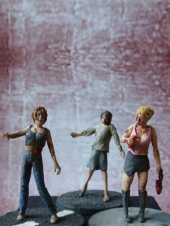 Zombie Set 2 - 3 weibliche Figuren 1/35 (54mm)