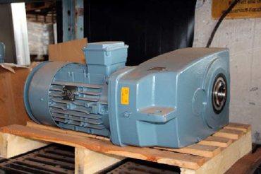 Flachgetriebemotor SK42-132M/4 – Bild 2