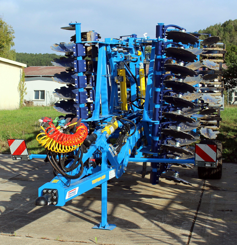 Kombilockerer Triton 450 Farmet