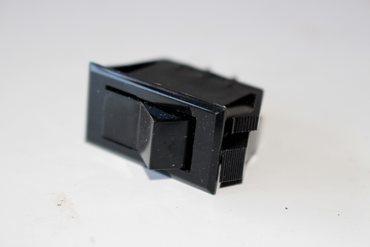 Schalter Kabinenbeleuchtung   F45393, Bagger 580K/SK, Raupentraktor 650,750,850  – Bild 1