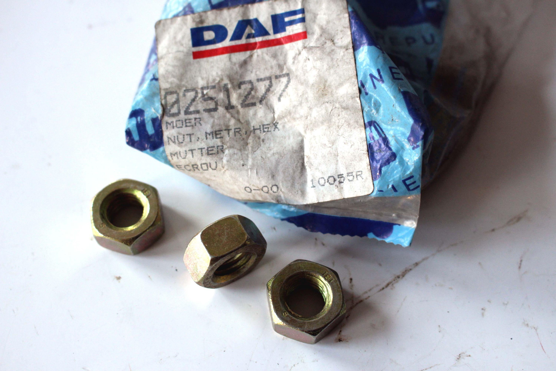 0251277 Mutter DAF DAF