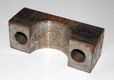 FNTXXX900250 Klammer/Lagerschale f. Mittellager Ø75mm roh  – Bild 1