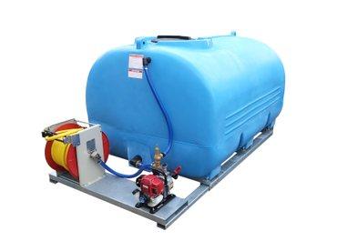 Mobile Bewässerungsanlage 2.000 - 8.000 Ltr und Pumpe (130 L/min)