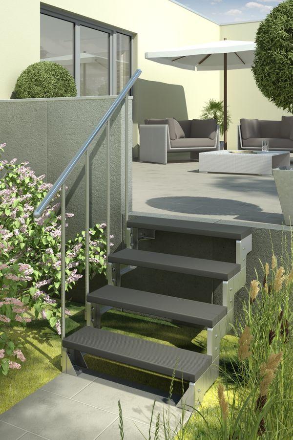 Außentreppe Gardentop mit Geländer und Trimaxstufen anthrazit